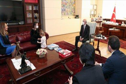 Kılıçdaroğlu, şiddet mağduru Rukiye Ay'ı kabul etti