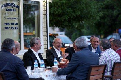 Kılıçdaroğlu, taksi esnafı ile duraklarında iftar yaptı