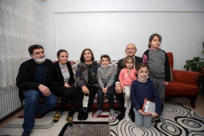 Kılıçdaroğlu'ndan apartman görevlisi çifte ziyaret