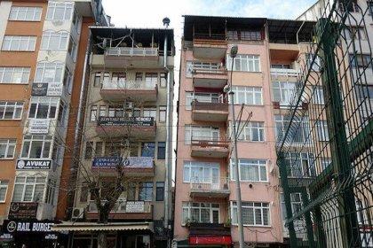 Kocaeli Valiliği 22 yıl sonra karar aldı: 17 Ağustos depreminde ağır hasar gören 26 bina yıkılacak