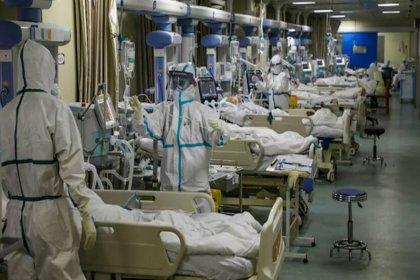Koronavirüs salgınında ölenlerin sayısı 2 milyon 100 bini, vaka sayısı 98 milyonu aştı