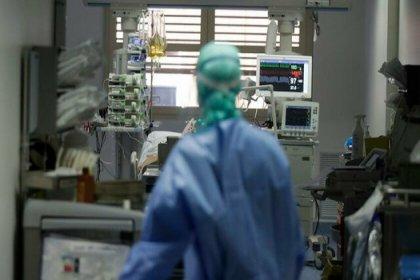 Koronavirüs salgınında ölenlerin sayısı 3 milyon 332 bini, vaka sayısı 160 milyon 364 bini aştı