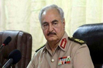 Libyalı General Halife Hafter askeri görevlerini bıraktı