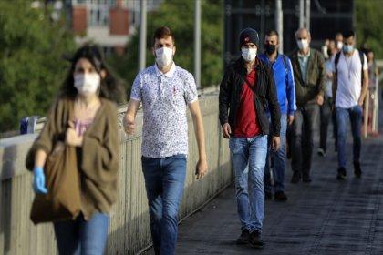 'Maske 2022'nin başına kadar hayatımızda olacak'