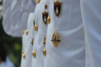 Montrö bildirisi nedeniyle gözaltında olan 14 emekli amiral adli kontrol şartıyla serbest bırakıldı