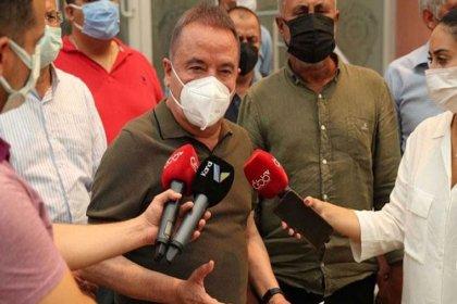 Muhittin Böcek isyan etti: Yangın bölgesinde büyükşehir olarak biz varız AKP'li belediyelere sorumluluk veriyorlar, milletvekilleri helikopterleri yönlendiriyor