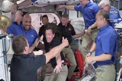 NASA ve SpaceX astronotları 6 ay sonra Dünya'ya geri döndü