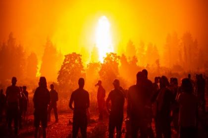 Orman yangınları Yunanistan'da bakanı görevinden etti