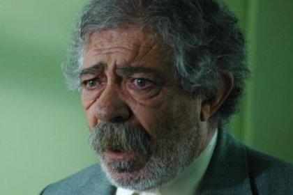Oyuncu Erol Demiröz hayatını kaybetti