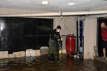 Sağanak yağış sonrası İzmir Büyükşehir Belediyesi'nden açıklama