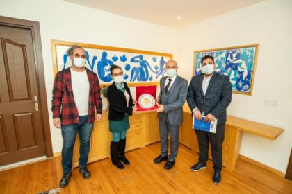 Sağlıkçılardan Tunç Soyer'e teşekkür ziyareti