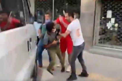 Saldırıya uğrayan ve gözaltına alınan gazeteciler Öztaş ve Sezgin serbest bırakıldı