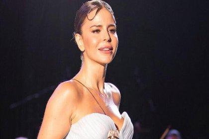 Şarkıcı Simge Sağın'ın ismini kullanarak cinsel içerikli sohbetler yapan kişiye hapis cezası