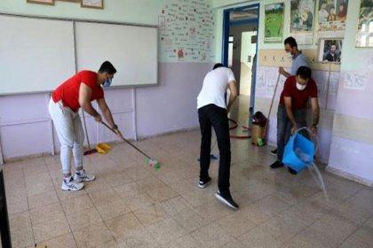 Sınıflar kalabalık, temizlik personeli yok