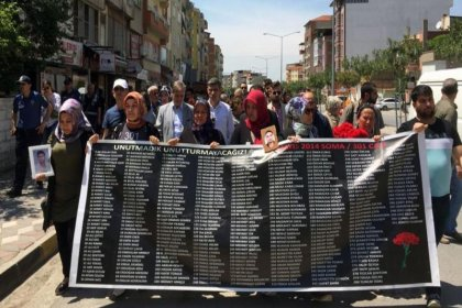 Soma'da hayatını kaybeden 301 madenci için 500 bin lira manevi 5 bin lira maddi tazminat talebinde bulunuldu