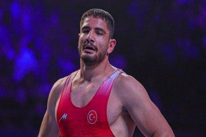 Taha Akgül Dünya Güreş Şampiyonası'nda yarı finale yükseldi