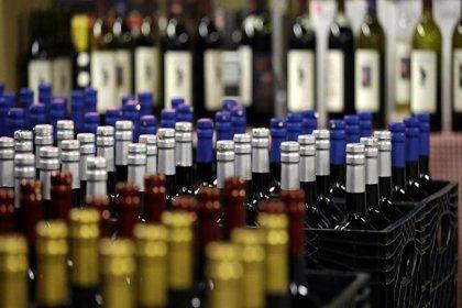 Tam kapanmada içki yasağına hukukçulardan tepki: 'Uygulama kanunsuz emir niteliğinde'