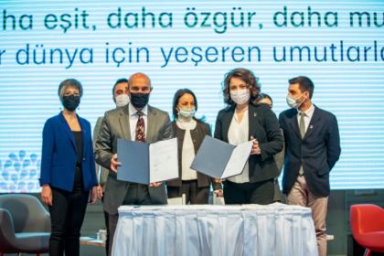 Tunç Soyer: İzmir Büyükşehir Belediyesi, kadın mücadelesine omuz vermeyi yerel yönetim anlayışının merkezine koydu