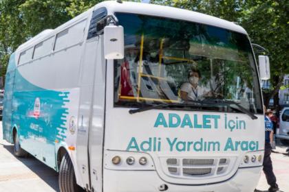 Tunç Soyer İzmir'de Adalet Aracı uygulamasını başlattı