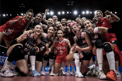 Türkiye Kadın Voleybol Takımı, üst üste 3. kez dörtlü finale yükseldi