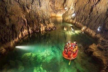 Türkiye'nin en uzun yeraltı gölü: Altınbeşik Mağarası