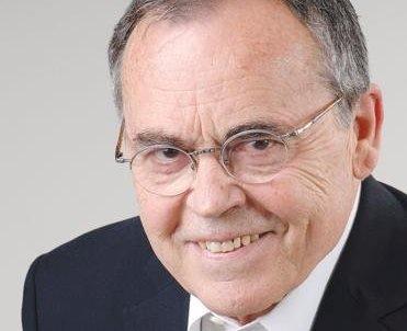 Yalçın Bayer: 'Kurtuluş kuruluştadır'
